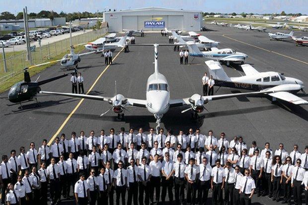 Memilih Sekolah Penerbangan