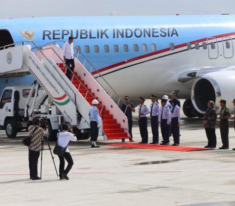 Bandara Kertajati Berangkatkan Jemaah Umroh